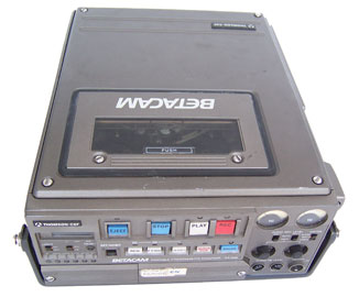 [Thompson-CSF Betacam Portable Videocassette Recorder VT-626]
